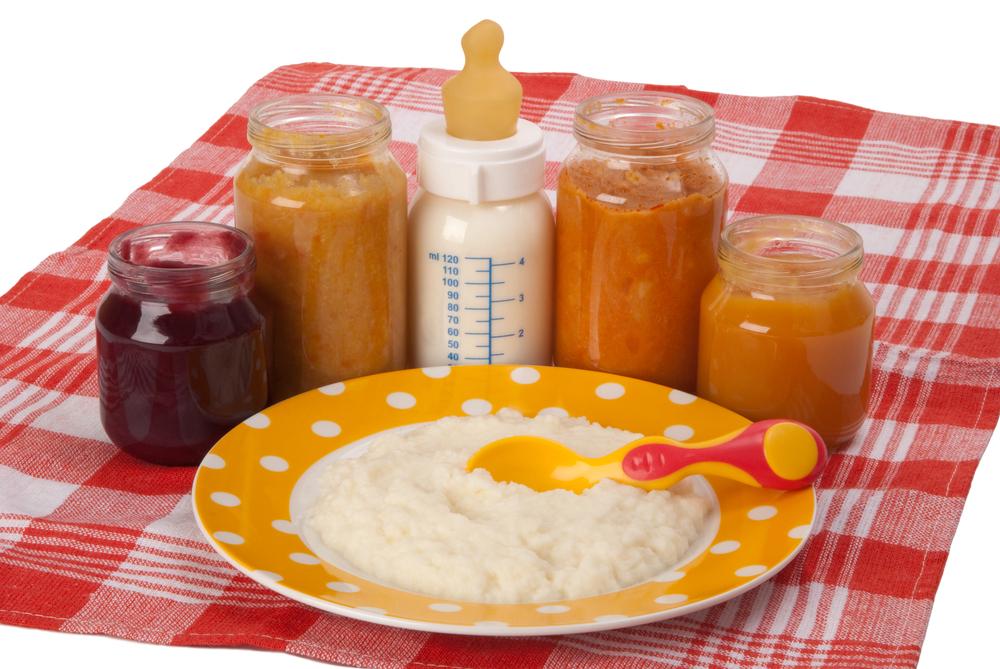 Как правильно вводить первый прикорм, с какого месяца, в какой дозировке, с какого продукты лучше начинать.
