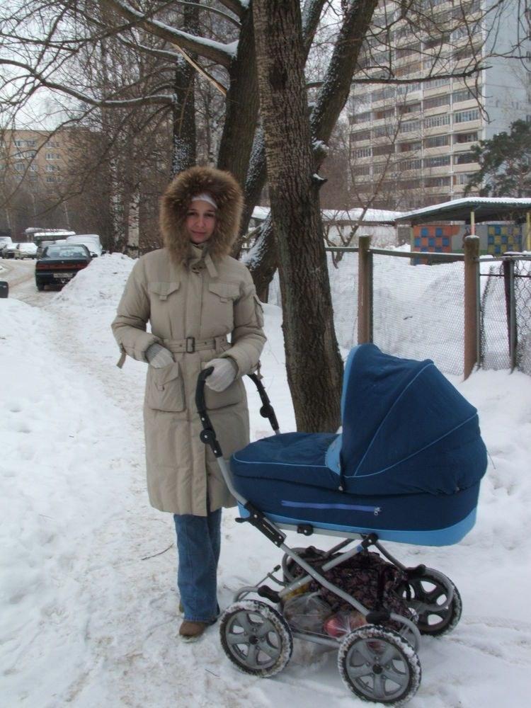С какого возраста можно гулять с новорожденным? www.wmj.ru.