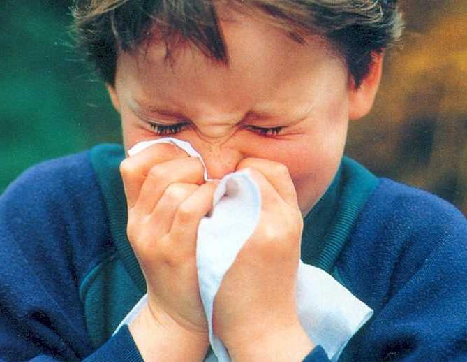 Какие методы лечения воспаления пазух эффективны у детей.  Стоит ли использовать аппарат квантовой терапии...