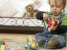 Какие игрушки нужны малышу до года