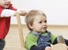 Как помочь ребенку научиться знакомиться