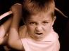 У ребенка агрессия к куклам